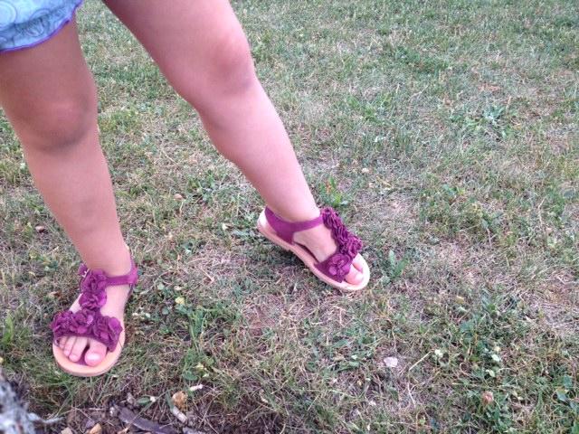 Las sandalias son de la OCA LOCA.