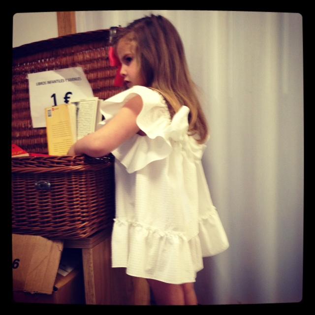 la espalda del vestido es muy pero que muy especial... me encanta....