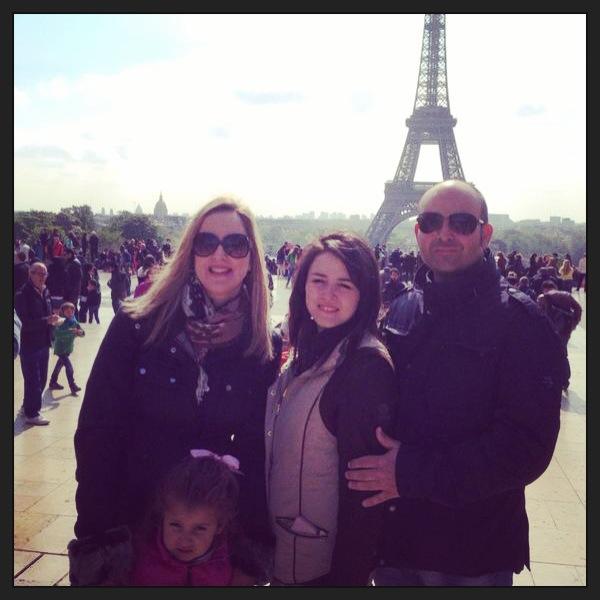 Nos quedara este pequeño recuerdo de Paris... pero Paula manda ...