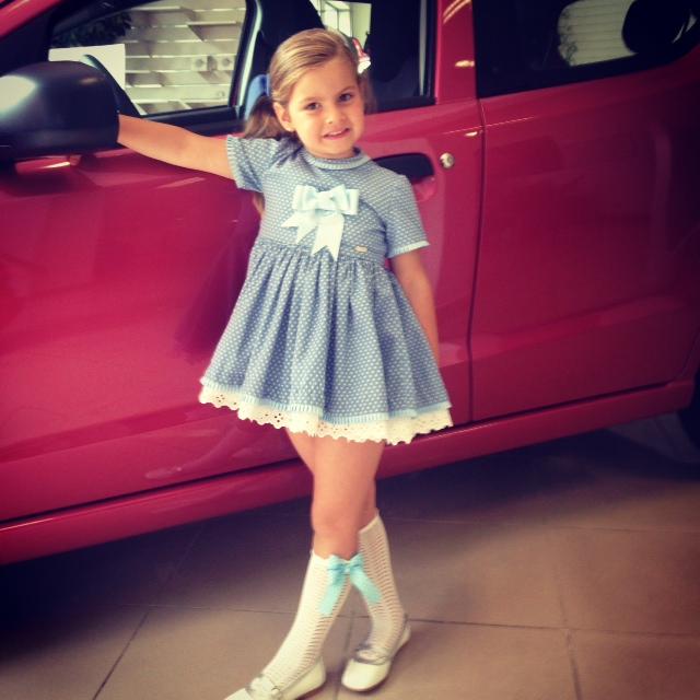 fuimos a ver a Papa... ella quiere el coche rosa jajaja