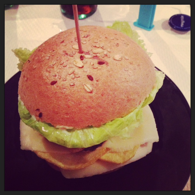 la hamburguesa mas rica que he comido en mi vida... y mira que he comido jajaja