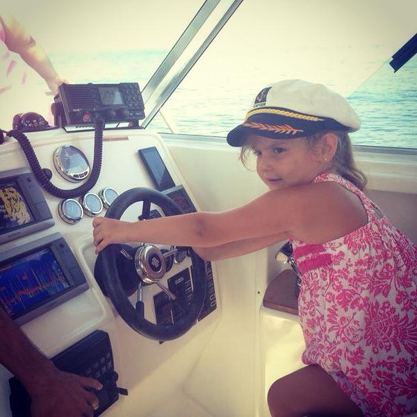 Paula en el barco.. como disfruto.