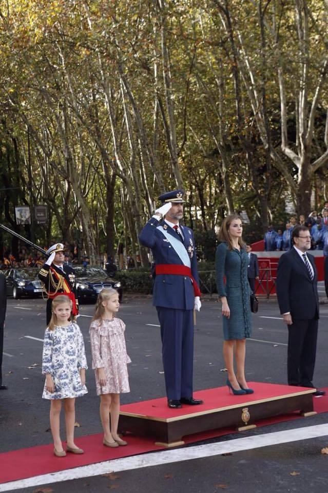 Los reyes si que estaban impresionantes... Letizia iba simplemente perfecta