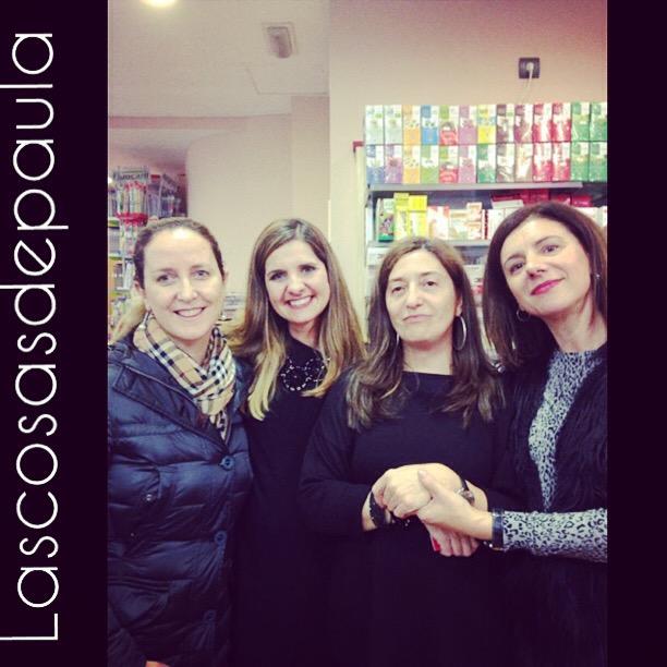 Con Maria y las responsables de Marti Den que eran encantadoras y no tenian ni una arruga...