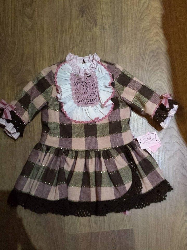Vestido de Lolittos TALLAS  2 -4 - 5 Y solo cuesta ahora solo  39,90