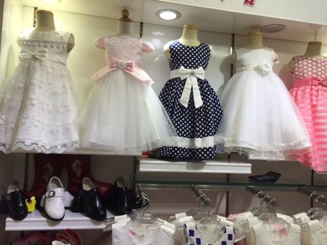 Vestidos super sencillos para las niñas....