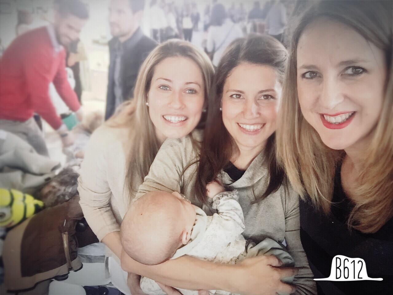 con las niñas de Belcoquet que tienen un bebe divino....