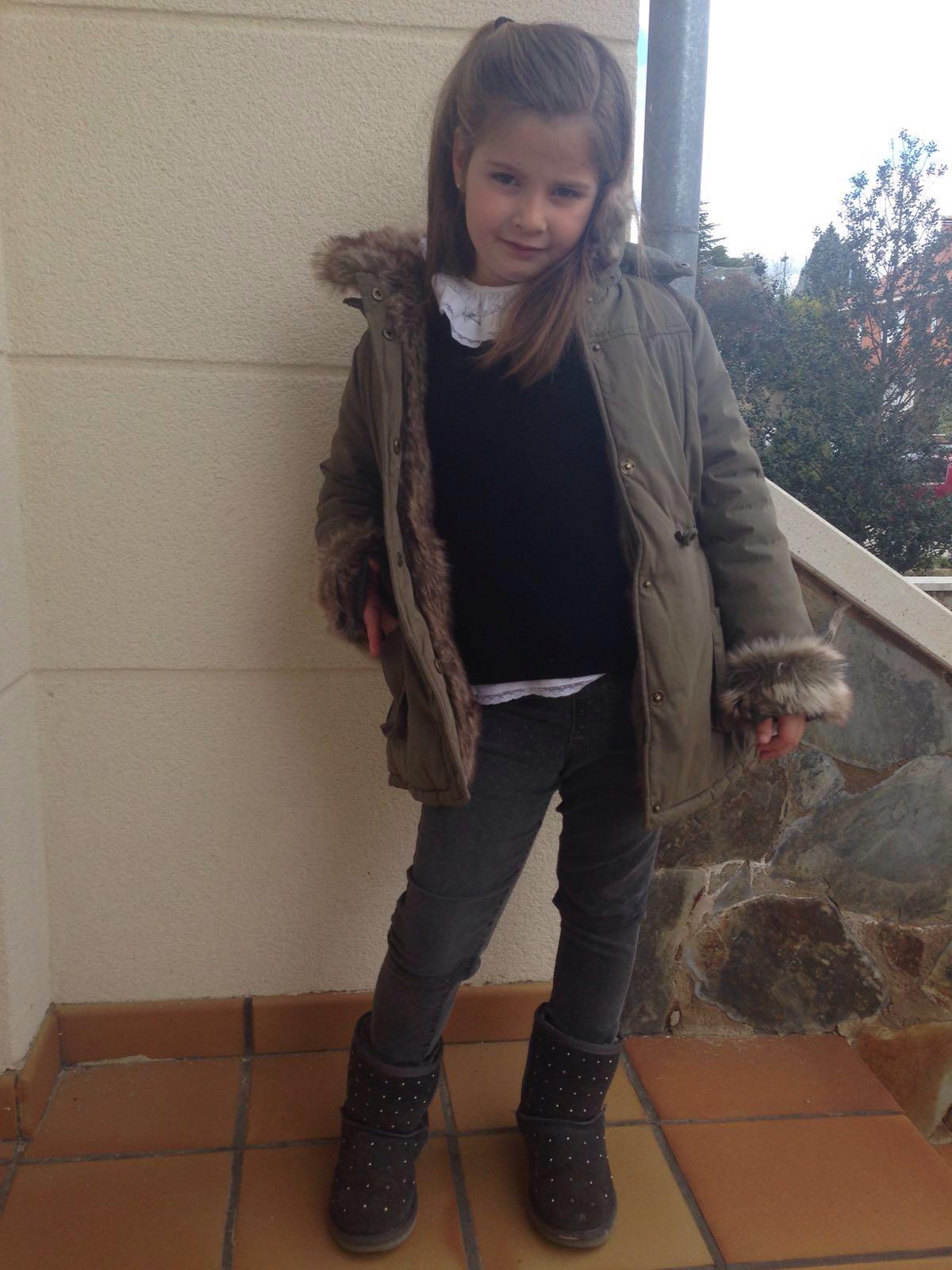 Paula con un look de sport y muy abrigada que por León hace frió de verdad...