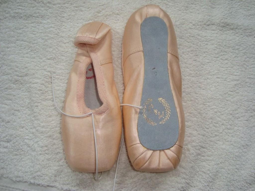 zapatillas color salmon.... ainsss