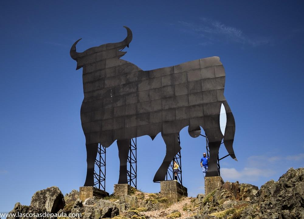 Se subieron los dos al toro... son tal para cual...